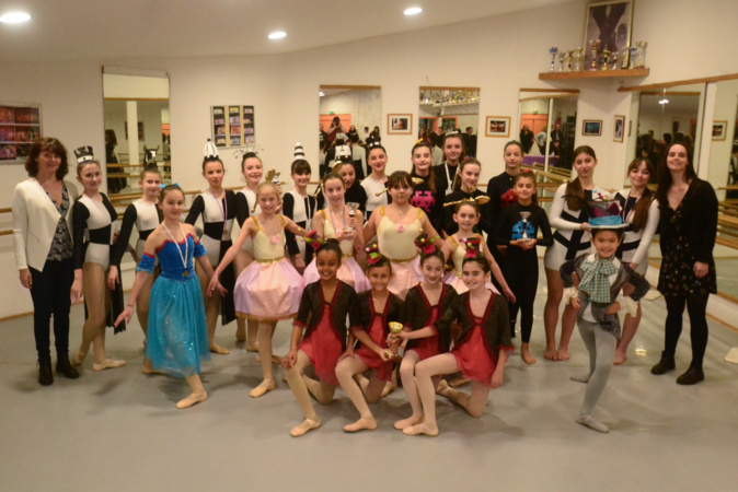De nombreux prix pour l'école de danse Variation de Lisula