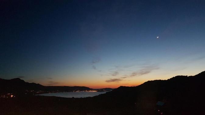 La baie de Calvi dans la nuit vue de Lumiu(Patrick Napolitano)
