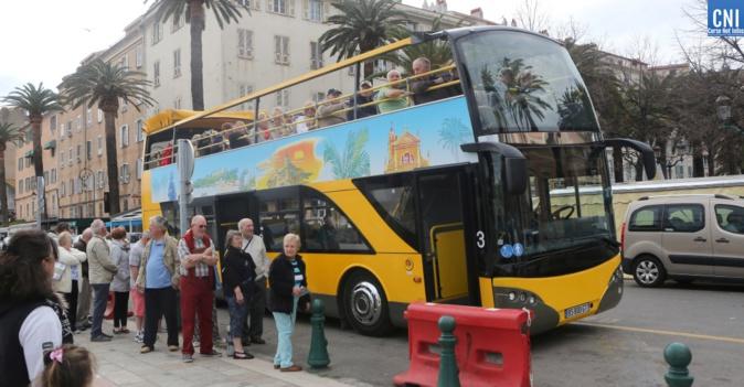 Image bus touristique à Ajaccio, Michel Luccioni