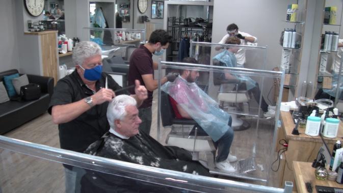 VIDEO - Déconfinement : Réouverture des salons de coiffure