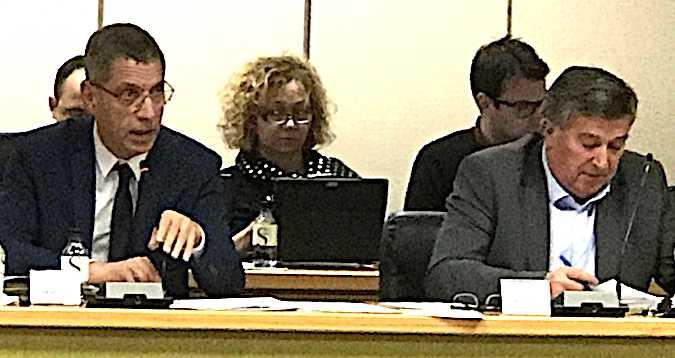 Pierre Savelli proposera au conseil municipal de ce mardi l'exonération de la taxe d'occupation du domaine public pour les cafetiers et restaurateurs et une subvention pour l'association des commerçants bastiais
