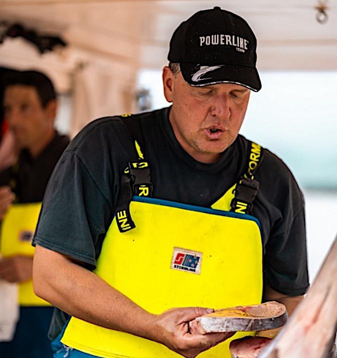 Jo Ricco a proposé sa pêche dimanche sur le port de Calvi (Photos Eyefinity Prod / Kevin Guizol