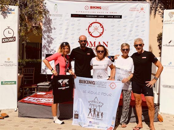 """""""Bikingman"""" : Clémence et Jacques Raffi, les Corses qui parcourent 1 060 kilomètres à Oman"""