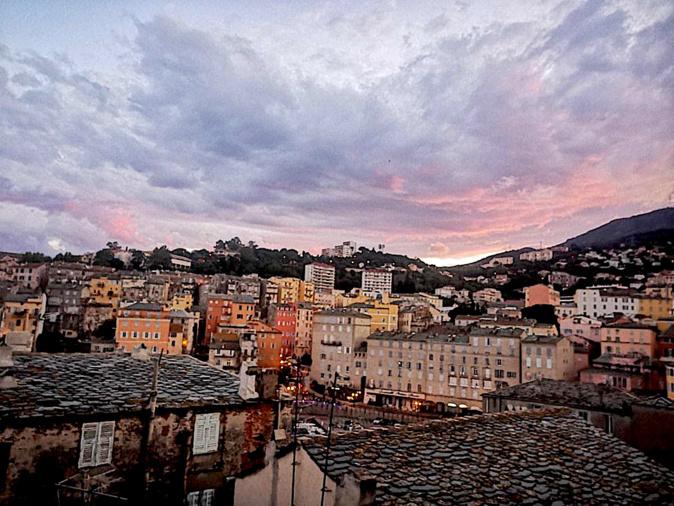 La photo du jour : sur les toits de Bastia