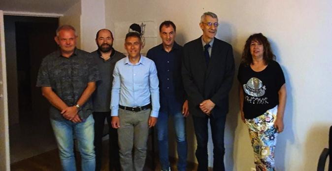 Luc Chautard, entouré notamment de José Oliva et du député Castellani.