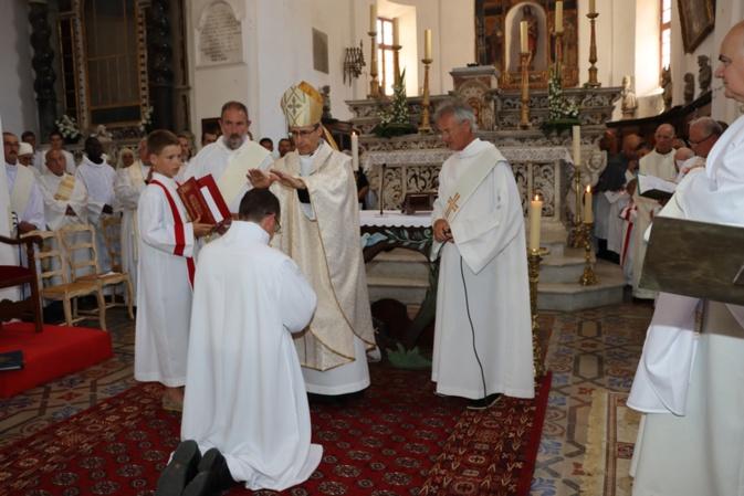 EN IMAGES - Ordination diaconale de Pierre Bertoni en la Cathédrale de Calvi