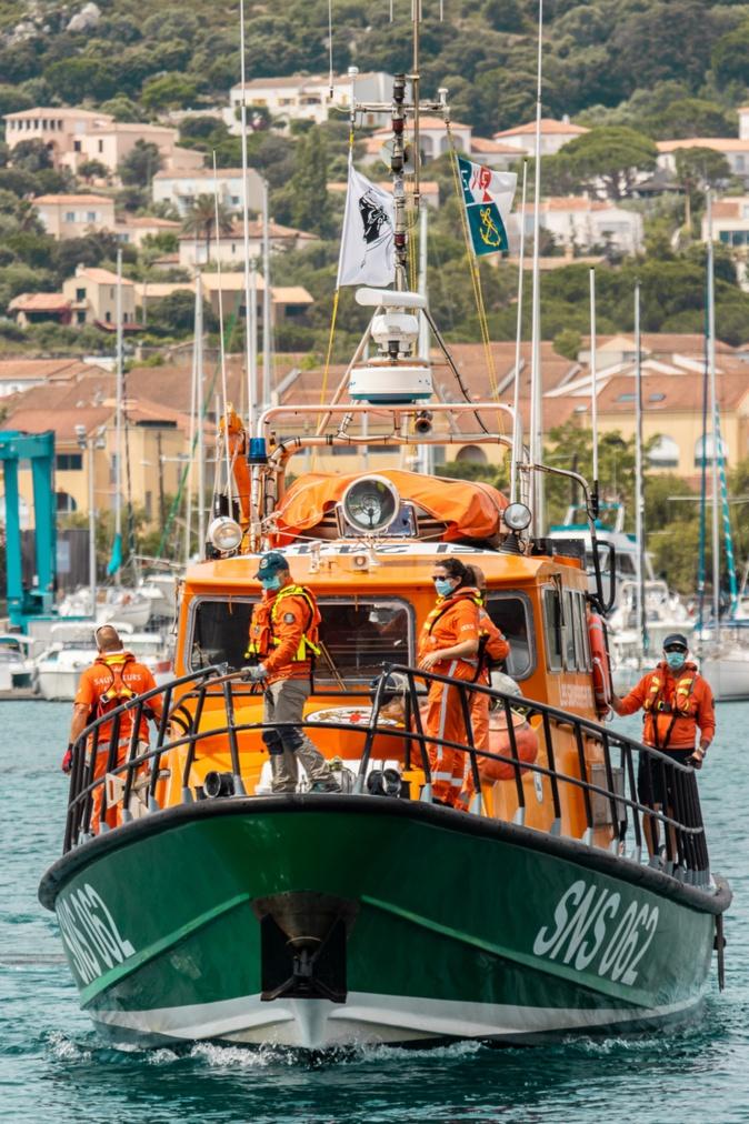 le vedette SNS062 quitte le port de Calvi (Photos Eyefinity Prod / Kevin Guizol