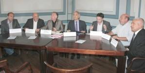 Le document a été signé par Jean-Jacques Panunzi président du conseil général de Cotrse-du-Sud et François Dominici, président de la Cadec
