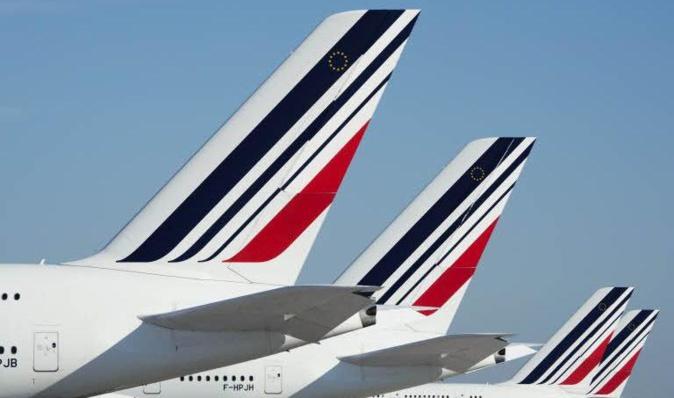 Air France supprime 31 lignes vers la Corse, soit 3/4 de son programme à destination de l'Ile de Beauté