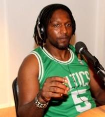 DJ Claude Njoya à la rencontre des jeunes sur Radio Calvi Citadelle