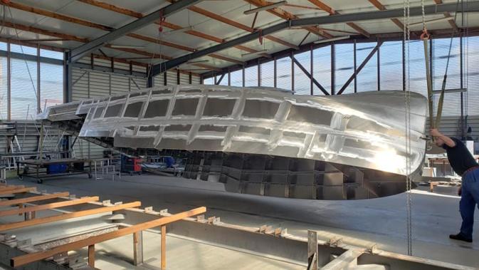 Porto : un nouveau bateau de promenade en livraison