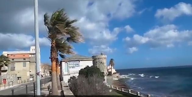 La plage de Miomu évacuée après la découverte d'un obus