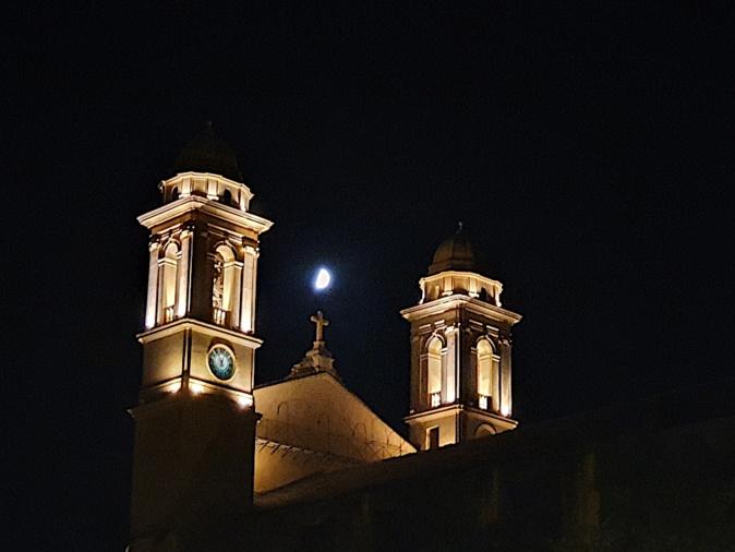 La photo du jour : A luna splende sopra Bastia