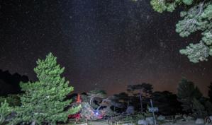 La photo du jour : Notre-dame des neiges sous les étoiles
