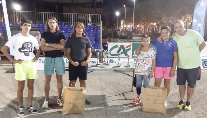 Concours des familles : Jean Do Fieschi, Jean Do Fieschi junior et Vincente Hernadez (à droite) ont battu en finale le trio Jean-Baptiste Natali, Michel- André  De Lucia, Ange Pillot.
