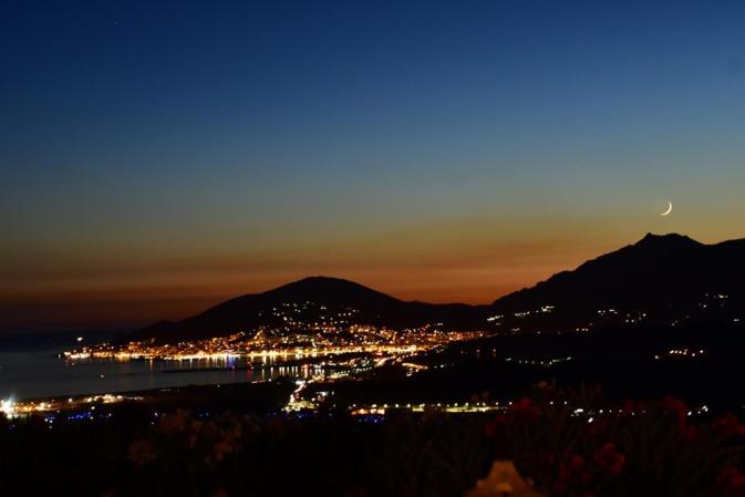 La photo du jour : Ajaccio by night vu de Bastelicaccia