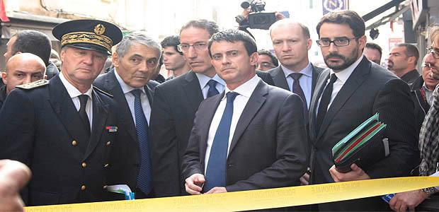"""Valls et Taubira appellent les Corses à """" parler """" et """" à tenir leur territoire """""""
