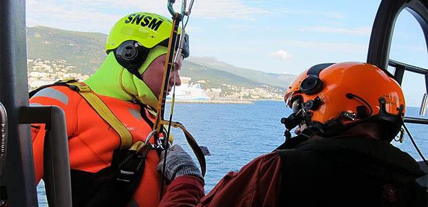 La SNSM de Bastia formée à l'hélitreuillage