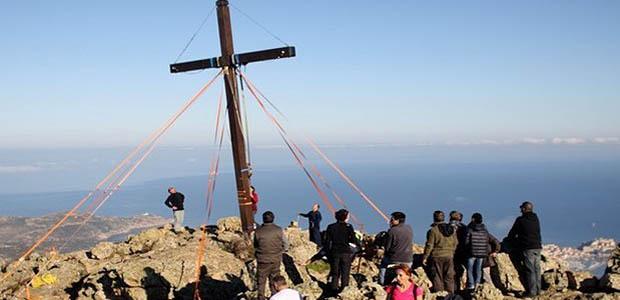 La croix des Autrichiens retrouve sa place au Capu di a Veta