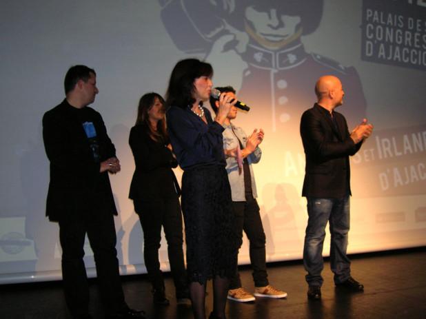 """Toute l'équipe de Corsica Film Festival était présente aux côtés de David Mackenzie pour l'ouverture de cette 4è saison du festival """"Under my screen"""". (Photo Yannis-Christophe Garcia)"""