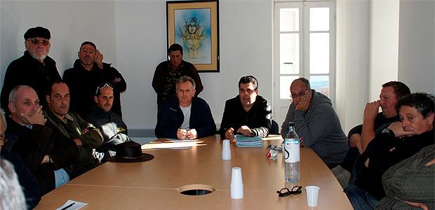 Tallone : Le collectif antinuisances prône la fermeture du CET et l'abandon de l'usine de TMB