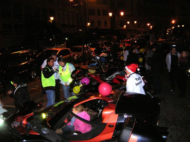 L'association ajaccienne Motostrada a réalisé des baptêmes de moto tout au long de la journée de samedi. Les recettes ont été reversées intégralement au Téléthon. (Photo: Yannis-Christophe Garcia)