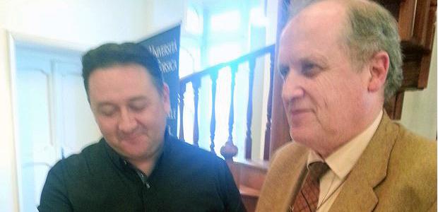 M. Jean-Louis Achard et M.Paul-Marie Romani ont signé le document