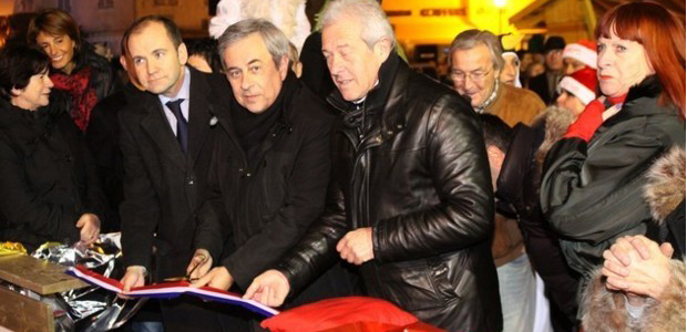 Inauguration à Calvi de la patinoire et du village de Noël