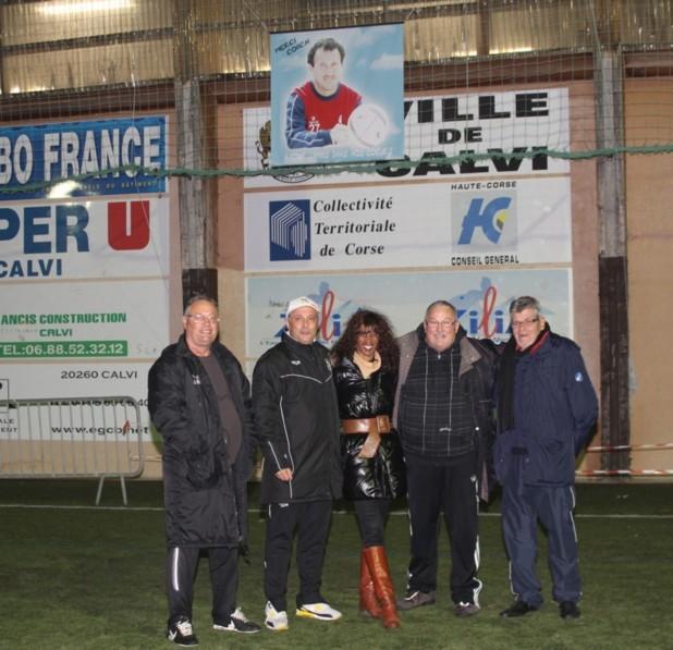 Les U 11 en  ouverture du tournoi de Noël de Calvi, challenge Gilbert-Angelotti