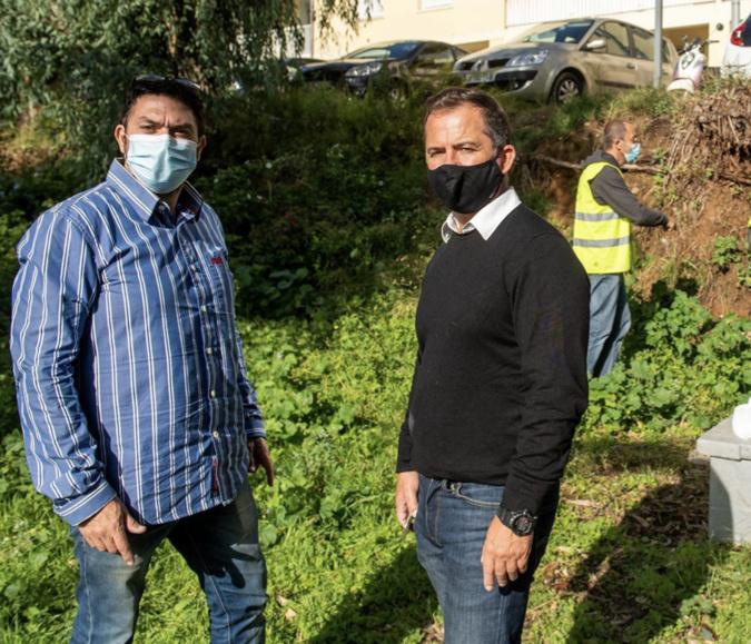 David Nadja de l'entreprise CO2A et Jean-Pierre Aresu, adjoint délégué à l'hygiène. Photo Ville d'Ajaccio