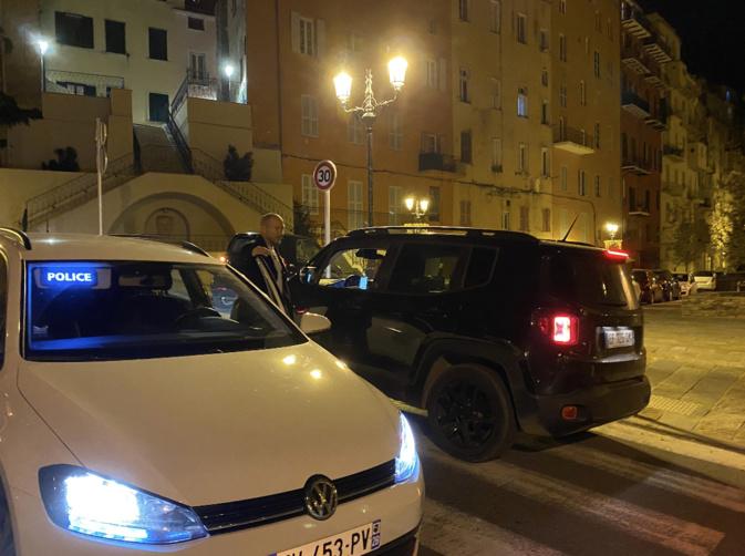 VIDÉO - Premier couvre-feu à Bastia, premiers contrôles de police