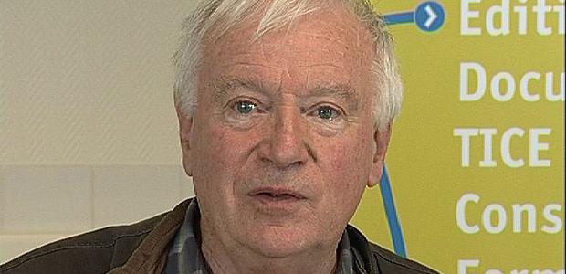 """Gérard Chauveau, chercheur à l'Education Nationale et  fondateur des clubs  """"Coups de pouce clé"""" devait être à l'école Santarelli pour assister à la signature d'un nouveau contrat avec la ville d'Ajaccio"""