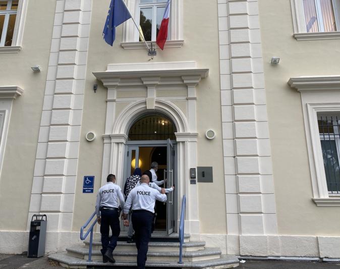 """Homme arrêté avec un """"katana"""" à Ajaccio : le tribunal administratif de Bastia annule son expulsion"""