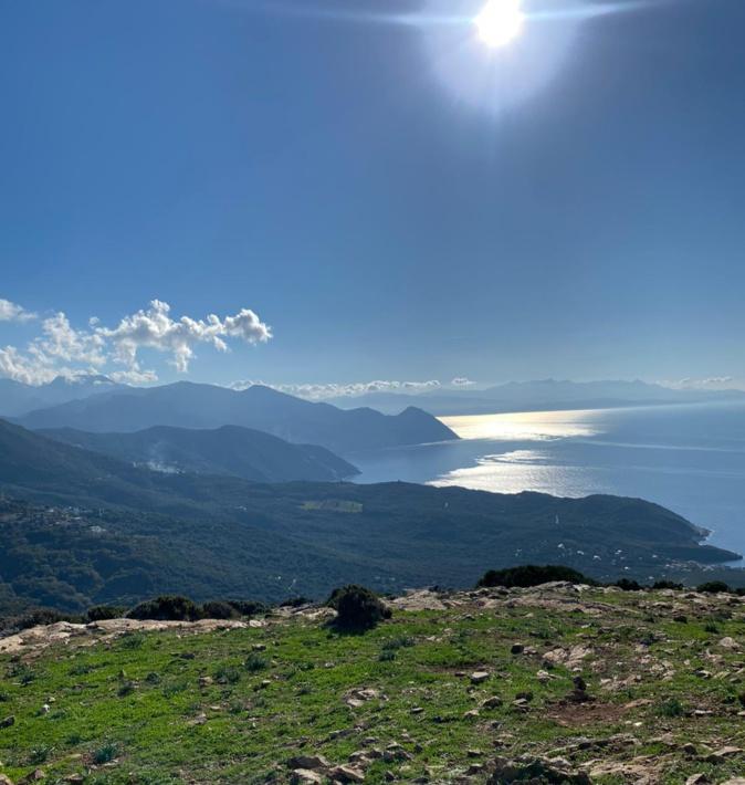Vallées du Cap Corse vues du Moulin Mattei (Mickael Augier-Valery)