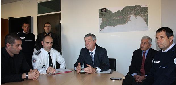 Les nouvelles mesures destinées à lutter contre la délinquance sur la voie publique ont été présentées par le Préfet de Corse-du-Sud Patrick Strzoda et les responsables de la DDSP d'Ajaccio. (Photo Marilyne Santi)