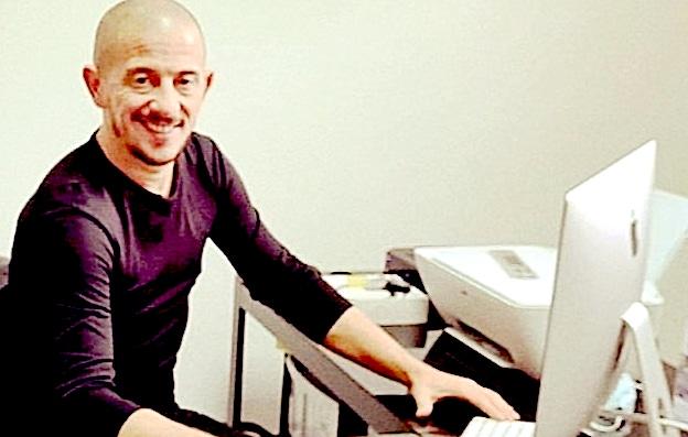Sebastien Mangini créateur du cahier de contact numérique