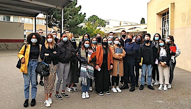 Les élèves du BTS SAM de Montesoro aux côtés de Jean-François Bernardini