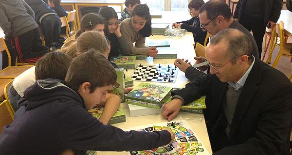 Les élus du Syvadec sont allés à l'école Marcellesi de Porto-Vecchio récompenser l'établissement lauréat