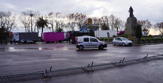 La grande roue de Bastia se met en place…Saint Nicolas !