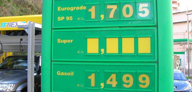 Les prix des carburants relevés ce vendredi montrent une nouvelle hausse inquiétante. Comme ici à la station BP de la Madunuccia à Ajaccio. (Photo Yannis-Christophe Garcia)