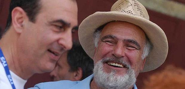 Stan Rougier ( à droite) : prêtre et écrivain