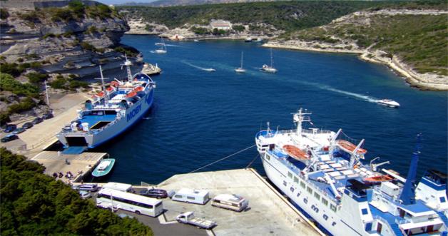 Image archives CNI du port de Bonifacio