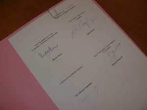 Les signataires de la convention Paul-Michel CASTELLANI, Edmond SIMEONI, Michel BARAT et Alain ROYER.