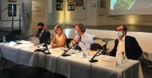 Nanette Maupertuis et le Secrétaire d'Etat au tourisme, Jean-Baptiste Lemoyne, le 10 septembre à Bunifaziu.