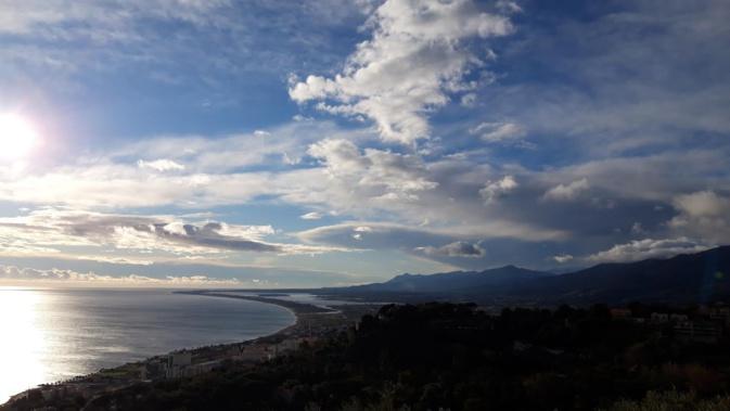 Vue des Cimes aux terrasses de Cardo (Sandrtine Mege)