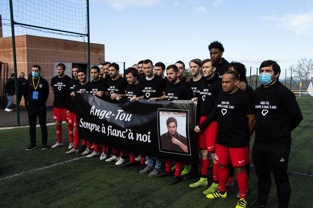"""""""Ange-Tou Sempre à fianc'à noi"""", l'hommage des joueurs du FC Balagne"""