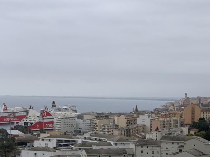Du sable du Sahara à l'origine de l'épisode de pollution de l'air qui touche la Corse