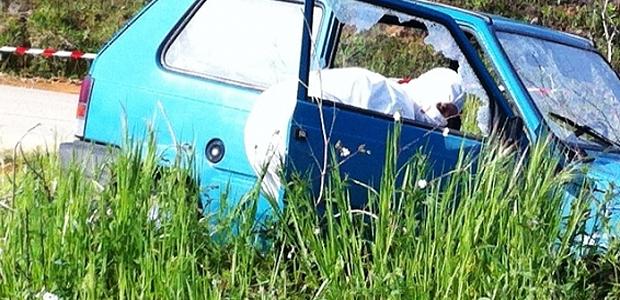 Le véhicule de la victime passé au peigne fin. (France3 Via Stella)