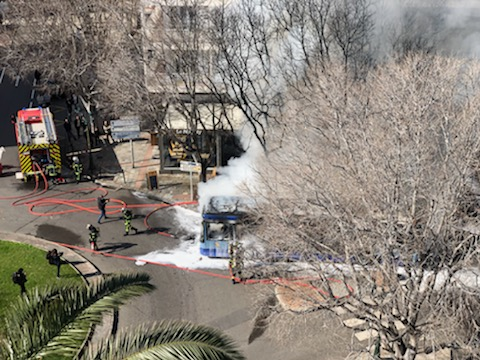 Bastia : un bus de la CAB prend feu en plein centre-ville