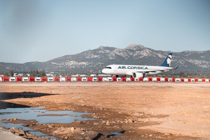 Au premier plan le parking d'aviation d'affaires (Photos Eyefinity Prod/Kevin Guizol)